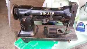 Leather sewing machine with rolling foot singer sewing machine