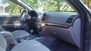 2011 Hyundai Santa Fe ---- remote start and All Wheel Drive