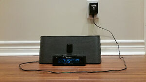 Sony Speaker System with FM/AM Radio and iPod Dock