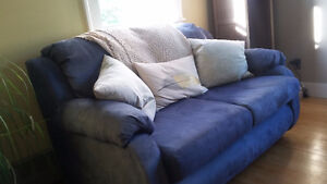 Comfy Blue Love Seat Couch - clean and good condition