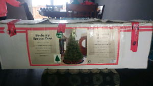 7 1/2 FOOT TALL CHRISTMAS TREE FOR SALE