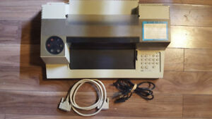 VINTAGE 1983 HP 7475A Pen Plotter with MtF serial + power cables