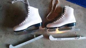 Girls skates $10