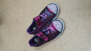 Twinkle toes light up sneakers size 13