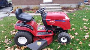 Toro LX 425 Lawn Tractor