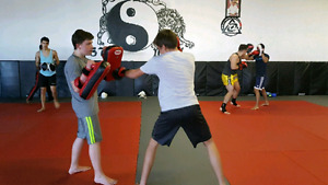 1-on-1 OR small group KICKBOXING PRIVATE TRAINING