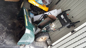 30 inches 10.5 horse power snowblower for sale Craftsman