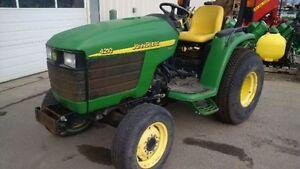 John Deere 4210 Compact Tractor with Canopy Edmonton Edmonton Area image 3