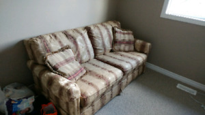 Love seat/Couch