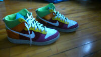 Chaussure NIKE Dunk taille 9us / 40.5 eur