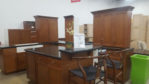 Beautiful 20 Pc. Kitchen at Cambridge ReStore