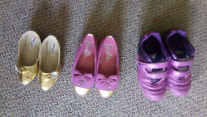 Barbie shoes is in new condition