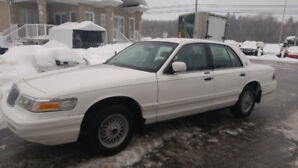 Ford Marquis 1996