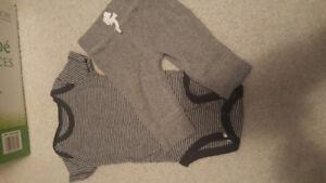 Newborn baby boy outfit euc hardly warn