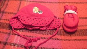 NEW with plastic tags, hat with mitts $2 for set.