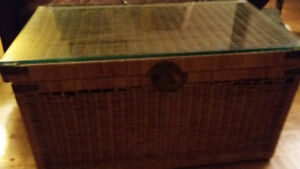 """Wicker Trunk/Chest Vintage 80's 35"""" long X 20"""" deep by 18"""" tall"""