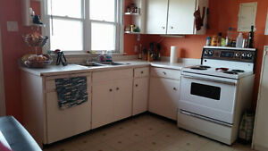 Dog/Cat Friendly, North End, Bright Two-Bedroom, Avail: Feb 1st