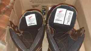 SIZE 10 D RED WING WORK BOOTS London Ontario image 3