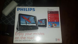 Philips 9 -Inch LCD Dual Screens Portable DVD Player