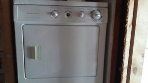 Fridgidaire stackable washer and dryer/ stove