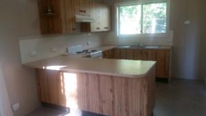 1 Bedroom Flat with Garage $260