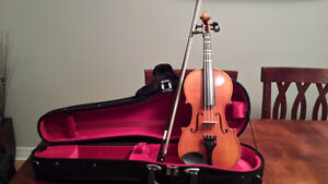 Violon with case and accessories for youth