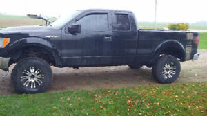 2012 Lifted Ford F-150
