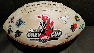 CFL Hunter Limited Edition Full size football 92st Grey Cup 2004