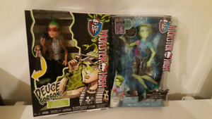 2 monster high boy dolls, brand new in box