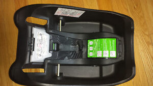 Safety 1st infant Car Seat Kingston Kingston Area image 2