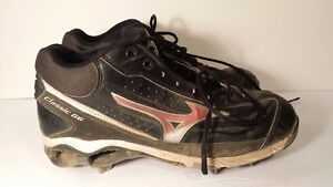 Mizuno baseball shoes size 10