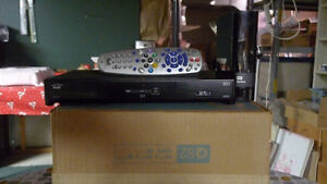 6141 receiver + 2 tb wd hard drivew all clear