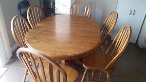 Solid Oak dinning table set