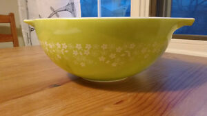 1970s Green Pyrex Mixing Bowl