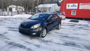 2012 Kia Rio *WINTER TIRES*