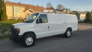 2009 Ford E250 Fourgonnette, allonge