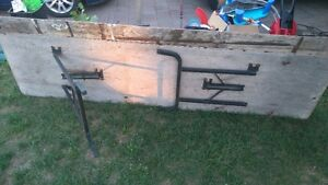 5 tables for sale  in a good shape London Ontario image 2
