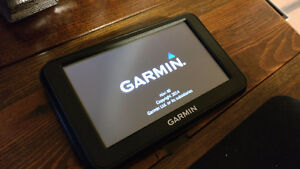 Mint Condition Garmin Nuvi 1350LMT