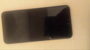 IPhone 6 plus Silver MINT CONDITION 9/10
