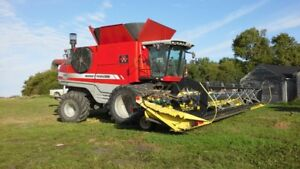 2010 9895 Massey Combine for Sale