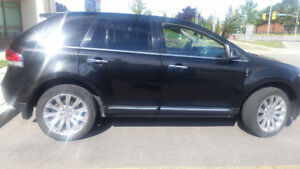 Excellent condition Lincoln MKX 2014 for  Private Sale