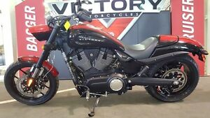2016 Victory Hammer S Black w/Red Racing Stripes
