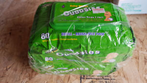Herbal, alcohol free baby wipes