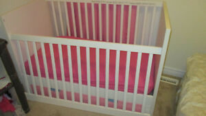 IKEA Changable Baby Crib Bed with Mattress Drawer STUVA FRITIDS