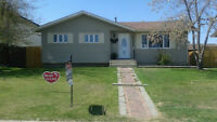BUNGALOW WITH HUGE FENCED BACKYARD AND BEST NEIGHBOUR !!!