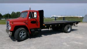 For Sale: 1988 International DT 466 Flat Deck Truck