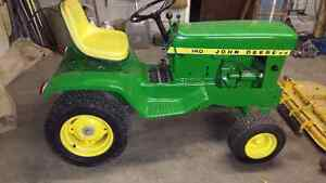John Deere 140 Lawnmower