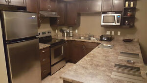 Fully Furnished 2 Bed 2 Bath Condo for Rent Lease in Terwillegar