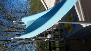 Pool slide with water connections