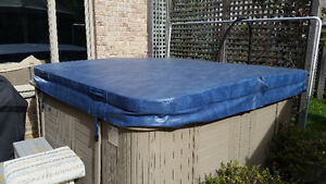 Hot Tub Cover. Nearly NEW! London Ontario image 1